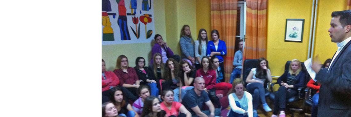 Mladi župe sv. Blaža posjetili učenički dom